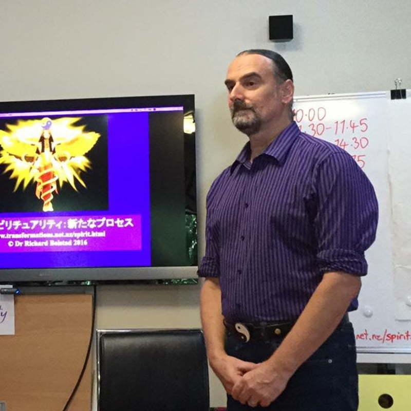 Dr Richard Bolstad prowadzący szkolenie NLP